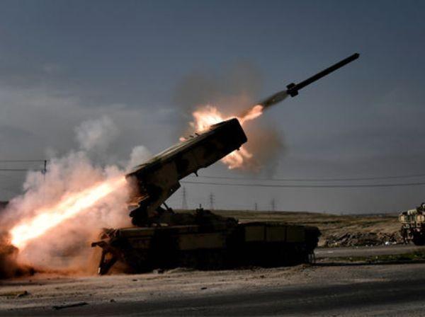 Lực lượng Iraq bao vây IS ở Mosul, sau các cuộc không kích của Mỹ ảnh 1
