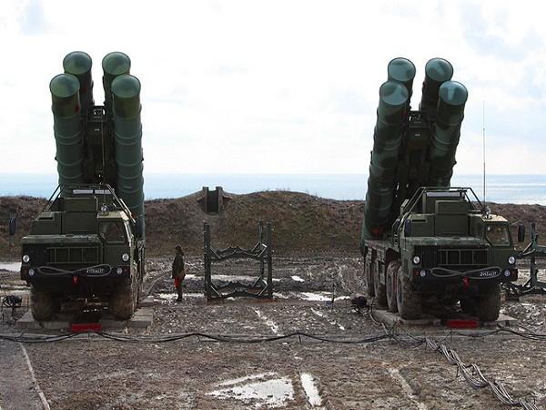 Nga tổ chức tập trận bắn đạn thật, sử dụng hệ thống S-400 tiên tiến ảnh 1