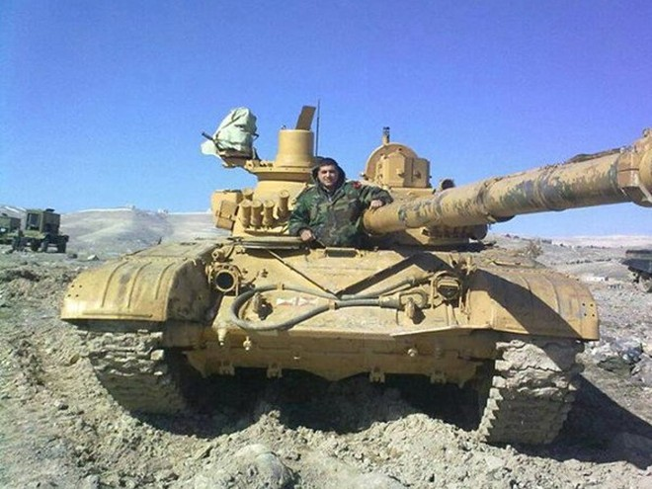 IS tấn công nghĩa trang Deir Ezzor, 14 binh sĩ Syria thiệt mạng ảnh 1