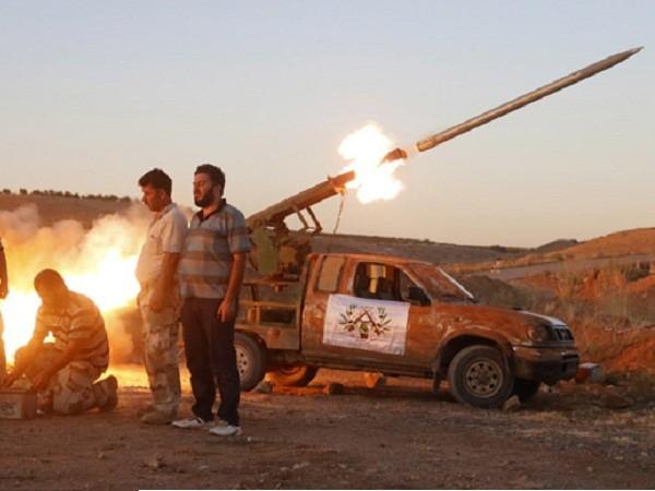 Phiến quân được Ankara ủng hộ tấn công quân đội Syria ở Hama ảnh 1
