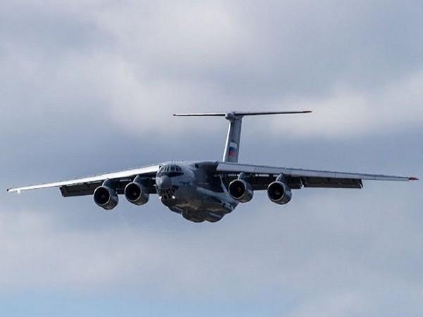 Máy bay vận tải hạng nặng Il-76MD-90A của Nga