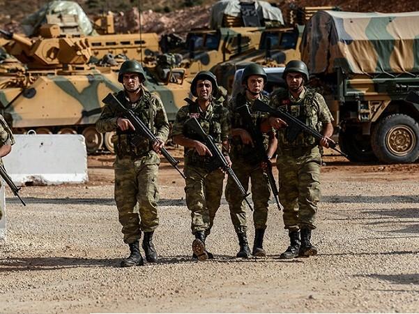 Binh sĩ Thổ Nhĩ Kỳ được triển khai đến tỉnh Idlib của Syria, ngày 12-10-2017