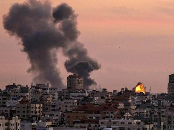 Không quân Israel tấn công căn cứ quân sự của Hamas ở Dải Gaza, ngày 1-1-2018