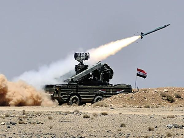 """Phòng không Syria phá hủy """"các mục tiêu thù địch"""" ở tây nam Damascus ảnh 1"""