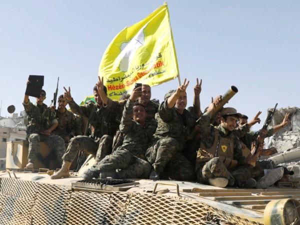 Các tay súng YPG