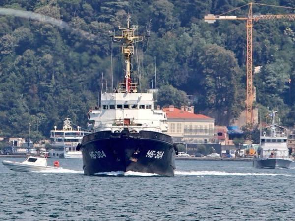 Tàu cứu hộ lớp BSF Sorum MB304 của hải quân Nga