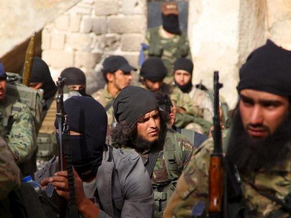 Các tay súng HTS ở Aleppo