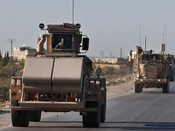 Một đoàn xe quân sự của Mỹ ở Syria
