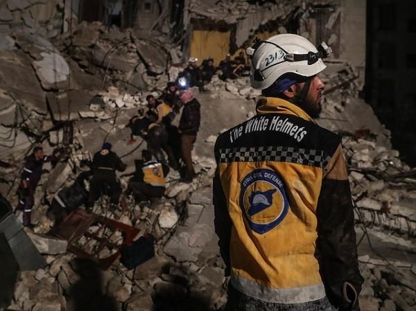 """Các thành viên của """"Mũ bảo hiểm trắng"""" ở Idlib, Syria"""