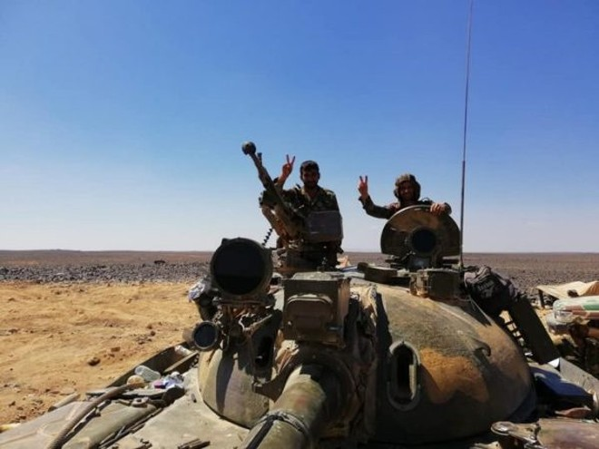 SAA cùng Hashd Al-Shaabi chuẩn bị cuộc tấn công xuyên biên giới ảnh 1