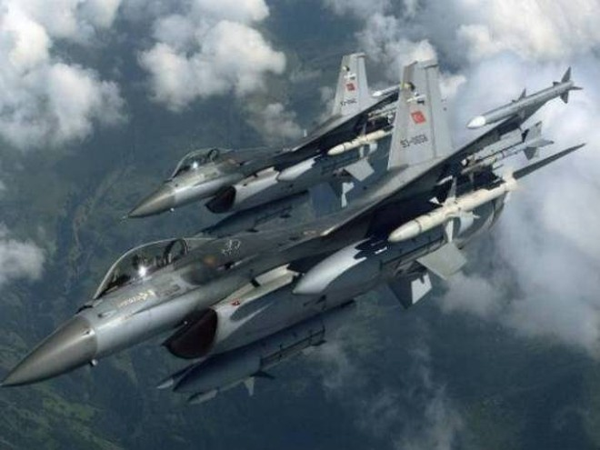 Chiến đấu cơ Thổ Nhĩ Kỳ lượn lờ trên vùng tây bắc Syria để làm gì? ảnh 1