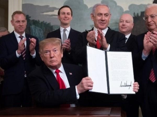 Tổng thống Mỹ Donald Trump công bố bản tuyên bố công nhận chủ quyền của Israel đối với Cao nguyên Golan, ngày 25-3-2019