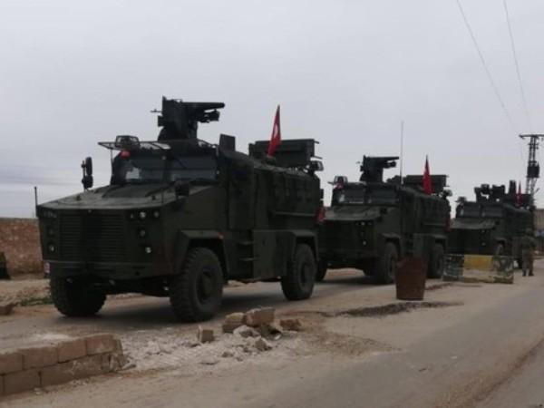 Quân đội Thổ Nhĩ Kỳ tuần tra phối hợp với quân đội Nga tại Tel Rifat của Syria, ngày 26-3-2019
