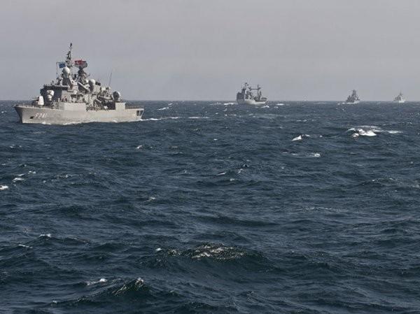 Các tàu chiến của SNMG2 tham gia tập trận ở Biển Đen