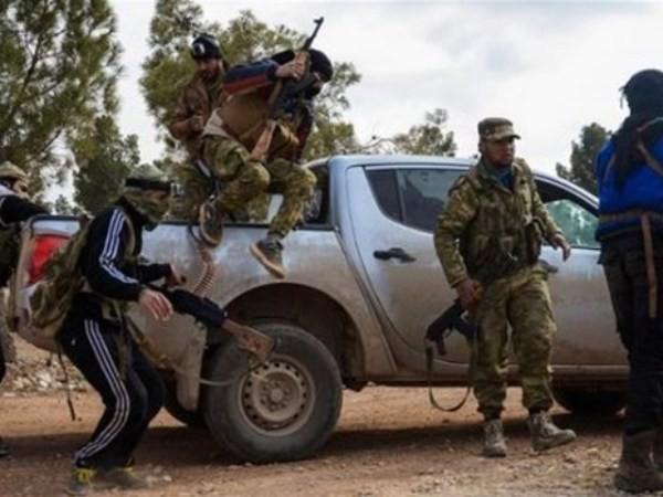 Các tay súng của nhóm khủng bố HTS ở Idlib