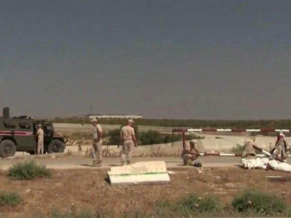 Lực lượng quân cảnh Nga được nhìn thấy hiện diện ở vùng nông thôn phía Bắc tỉnh Hama của Syria, nơi Thổ Nhĩ Kỳ đặt trạm quan sát, ngày 25-8-2019
