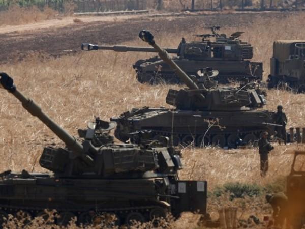 Pháo binh Israel ở gần biên giới với Lebanon, ngày 1-9-2019