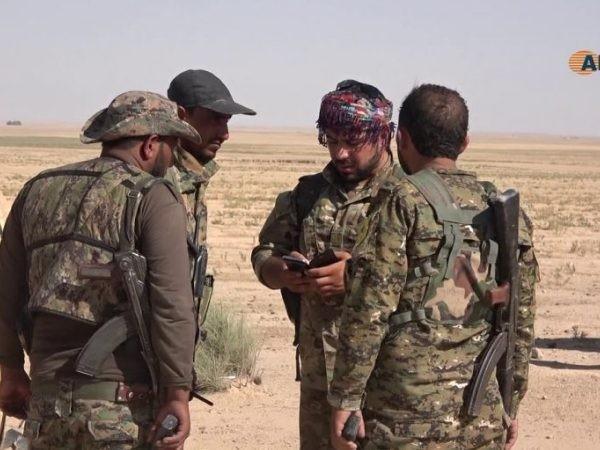 Các tay súng SDF ở Đông Bắc Syria