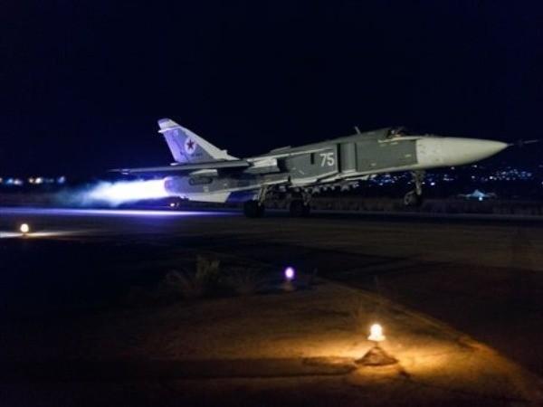 Chiến đấu cơ cất cánh trong đêm làm nhiệm vụ diệt khủng bố ở Syria