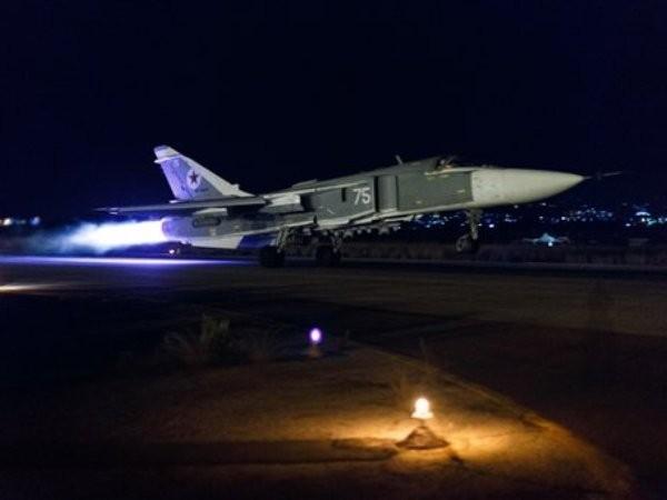 Chiến đấu cơ Nga cất cánh làm nhiệm vụ diệt khủng bố ở Idlib, Syria