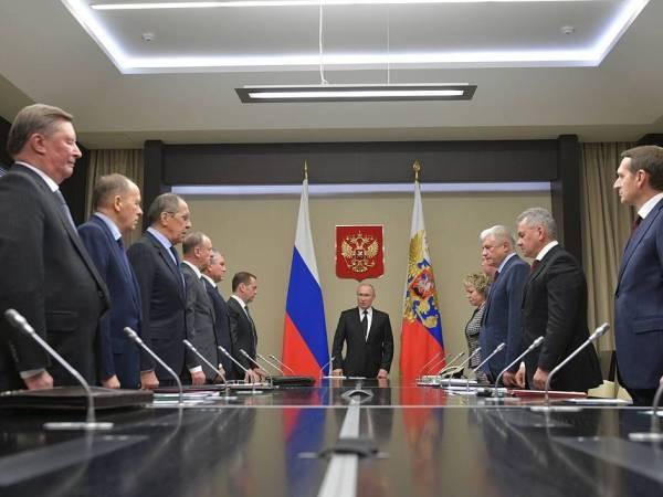 Ông Putin thông báo cho Hội đồng An ninh Nga kết quả hội nghị thượng đỉnh Bộ tứ Normandy ảnh 1