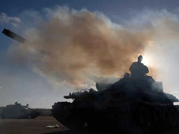 Lực lượng LNA do tướng Khalifa Haftar chỉ huy tiến về thủ đô Tripoli, ngày 13-4-2019