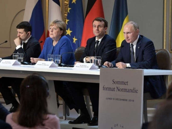 Các nhà lãnh đạo Nga, Pháp, Đức và Ukraine tại cuộc họp báo chung sau Hội nghị thượng đỉnh Bộ tứ Normady tại Paris (Pháp), ngày 10-12-2019