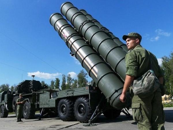 Hệ thống phòng không S-400 của Nga