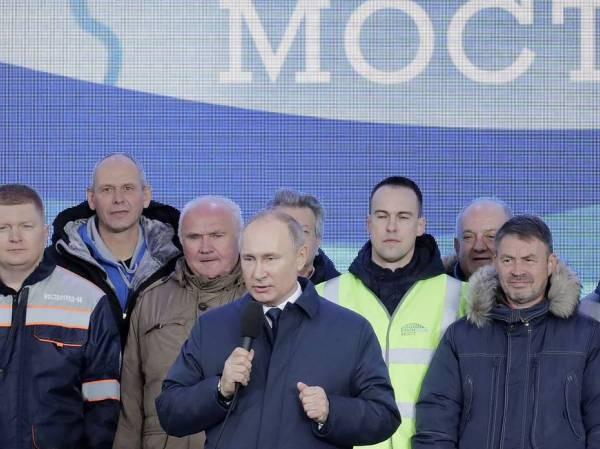 Tổng thống Nga Vladimir Putin phát biểu tại lễ khánh thành cây cầu đường sắt kết nối giữa Nga và Bán đảo Crimea, ngày 23-12-2019