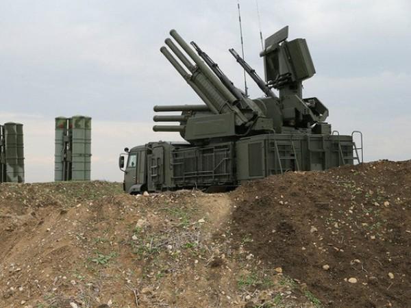 Hệ thống phòng không Pantsir-S1 bảo vệ căn cứ không quân Hmeimim của Nga ở Syria
