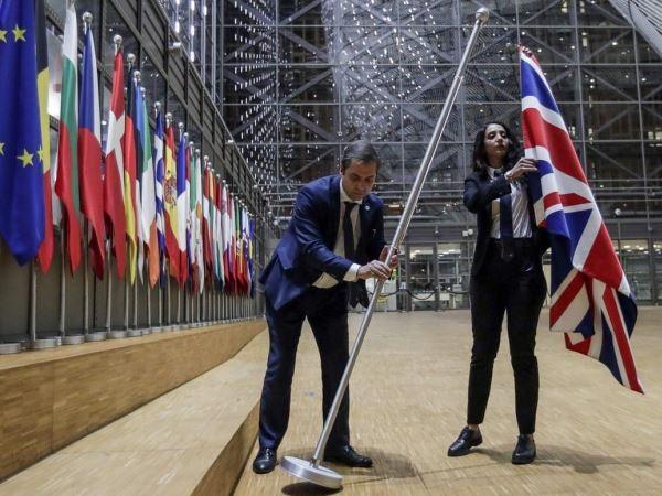Cờ của Anh đã được gỡ khỏi dãy cờ thành viên trong tòa nhà Hội đồng châu Âu tại Brussels, ngày 31-1-2020
