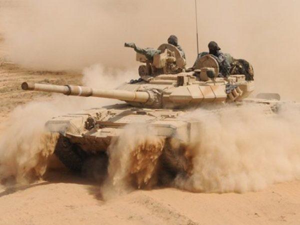 Xe tăng SAA trên chiến trường Aleppo