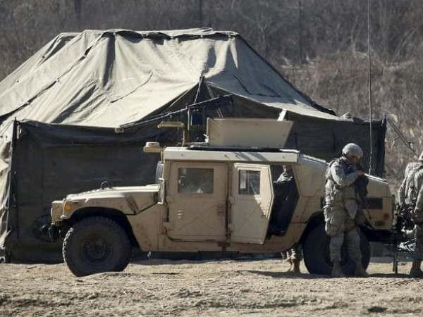 Lính Mỹ tại một trại huấn luyện ở Hàn Quốc