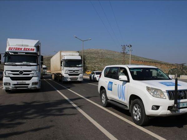 Đoàn xe chở hàng viện trợ của LHQ tiến vào Tây Bắc Syria, ngày 27-2-2020