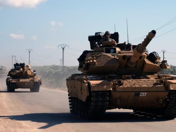 Xe tăng Thổ Nhĩ Kỳ hoạt động ở Idlib, Syria