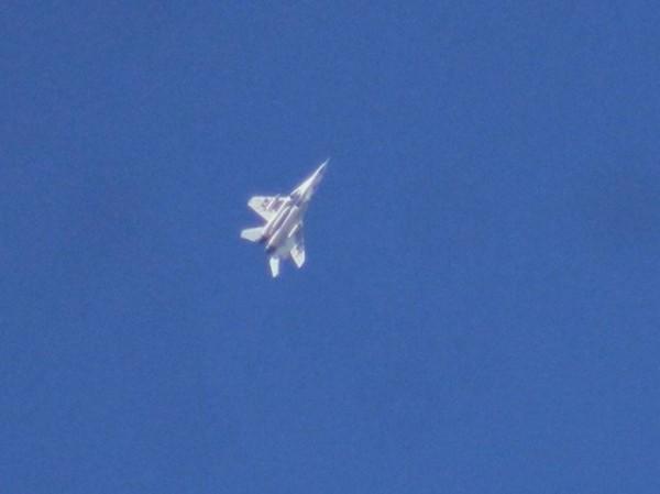 Chiến đấu cơ MiG-29 của không quân Syria được nhìn thấy trên bầu trời tỉnh Idlib, ngày 3-3-2020