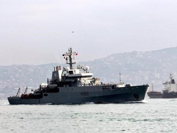 Tàu quân sự của NATO