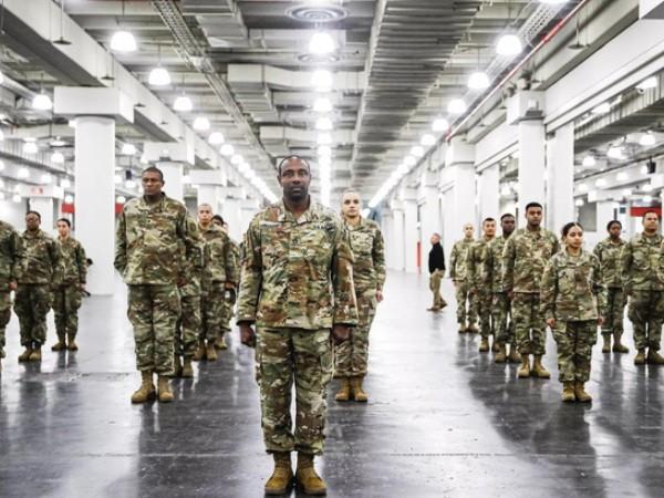 Số lượng binh sĩ Mỹ nhiễm Covid-19 tăng đột biến