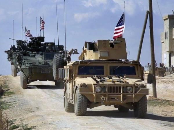 Đoàn xe Mỹ tiến vào Đông Bắc Syria với lượng lớn quân tiếp viện ảnh 1