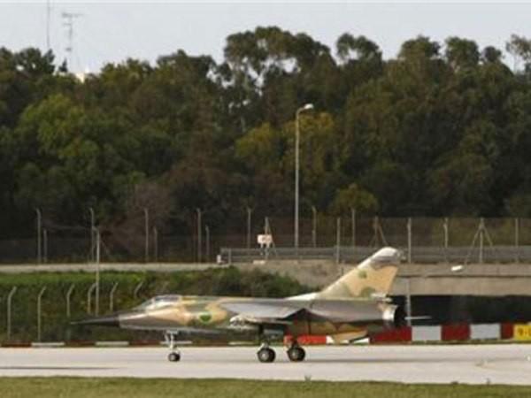 LNA thực hiện 18 cuộc không kích vào căn cứ do Thổ Nhĩ Kỳ hỗ trợ tại Libya ảnh 1