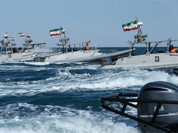 Iran đe dọa đốt tàu buôn lậu nhiên liệu ở Vịnh Ba Tư ảnh 1