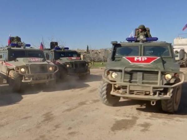Đoàn xe quân sự Nga ở Syria