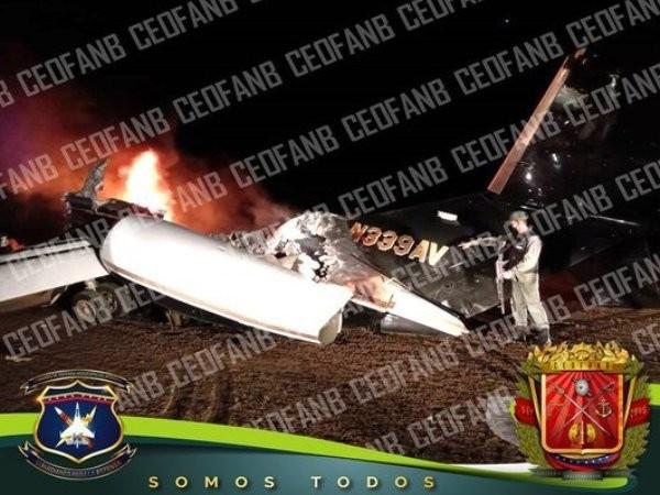 Xác chiếc máy bay bị không quân Venezuela bắn hạ, ngày 8-7-2020