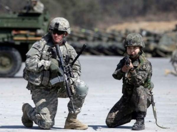 Lính Mỹ- Hàn Quốc trong một cuộc tập trận chung