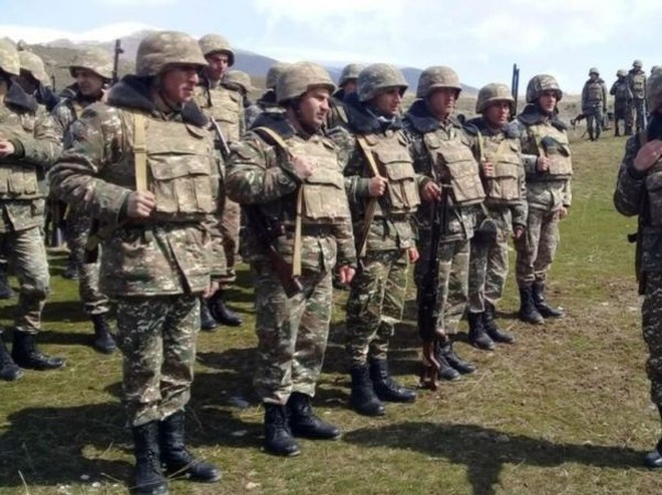 Binh sĩ Armenia tại một khu vực biên giới ở tỉnh Tovush