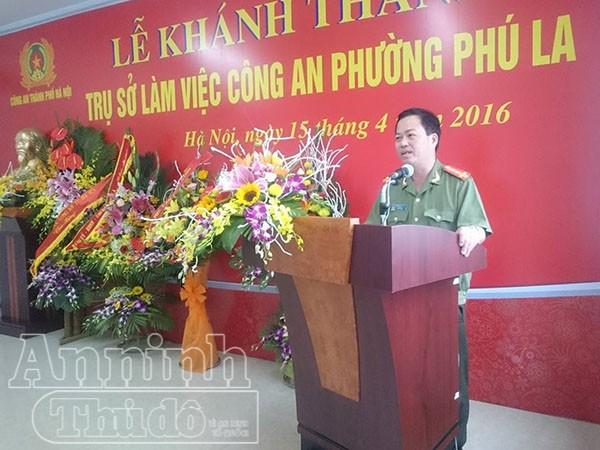 Đại tá Đoàn Ngọc Hùng – PGĐ CATP Hà Nội phát biểu chúc mừng CAP Phú La