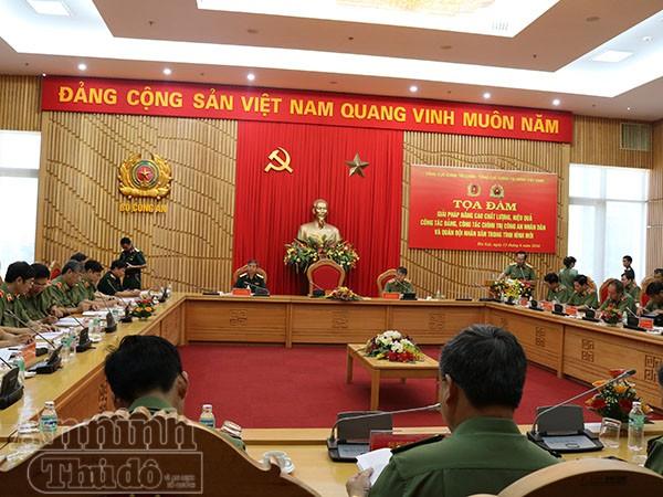 Buổi tọa đàm góp phần tăng cường mối quan hệ gắn bó mật thiết giữa lực lượng CAND và QĐND Việt Nam