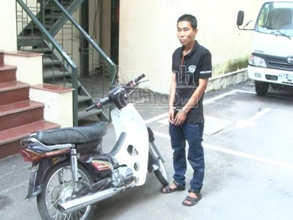 Sau khi cướp được chiếc xe, đối tượng mang đi gửi rồi bắt xe khách lên Lạng Sơn trốn