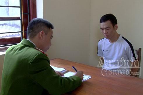 Lợi dụng sơ hở, Trần Văn Thành đã ra tay cướp giật số tiền 200 triệu đồng của khách hàng đến giao dịch tại ngân hàng