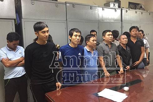 Ổ nhóm đánh bạc bị bắt giữ khi đang sát phạt nhau dưới hình thức xóc đĩa